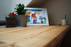 Detail desky z použitého dřeva