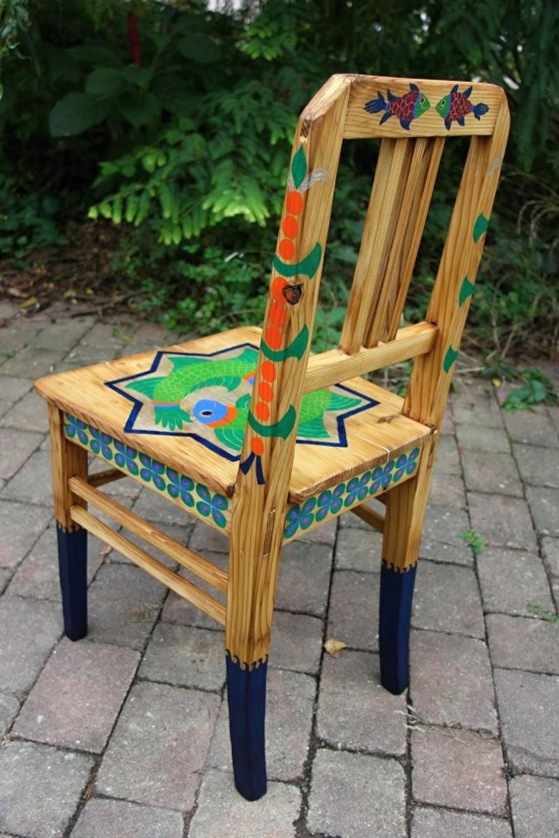 židle recyklace umění